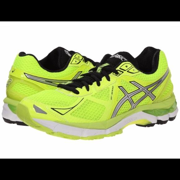 Asics GT 2000 3 Running Shoes (Flash Yellow)